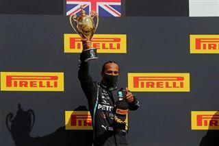 F1 - Hamilton gagne le GP de Grande-Bretagne sur trois roues