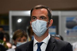 La France dans l'attente des grands laboratoires pour disposer d'un vaccin