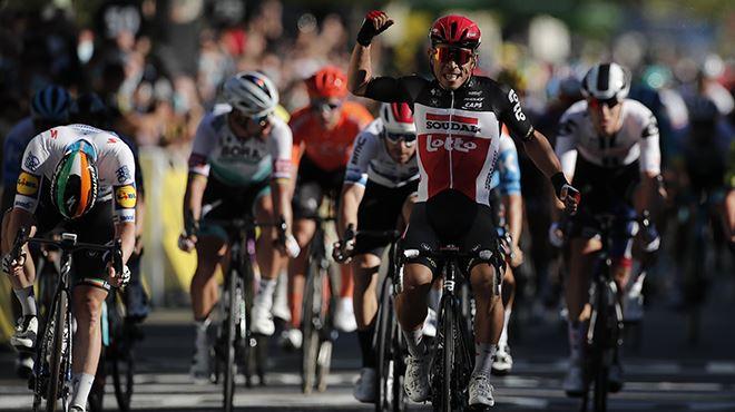 Tour de France- l'Australien Caleb Ewan s'offre la troisième étape dans un sprint disputé
