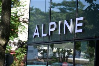 F1- Les Renault s'appelleront l'an prochain Alpine et seront bleu-blanc-rouge