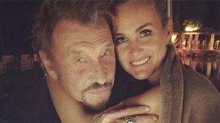 La surprise de Laeticia Hallyday aux fans de Johnny- Je suis si fière et si heureuse (vidéo)