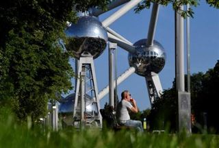 Un dimanche sans voitures à Bruxelles sous le soleil
