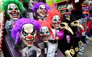 USA- le spectre du coronavirus plane sur les festivités d'Halloween