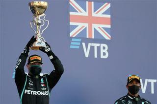 GP de Russie- Bottas bat Verstappen, record reporté pour un Hamilton en colère