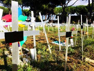 Un cimetière de foetus avortés choque l'Italie