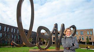 Delphine de Saxe-Cobourg dévoile sa nouvelle sculpture- Mon âme reste celle d'une artiste (photos)