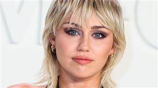 Le chien de Miley Cyrus électrocuté dans les coulisses de The Voice USA- Il a commencé à convulser