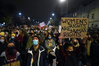 Pologne- nouvelles manifestations contre l'interdiction quasi totale de l'avortement