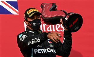 F1- Mercedes, sept titres constructeurs consécutifs, écurie record