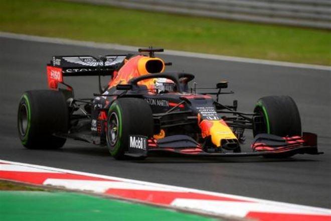 GP de Turquie- glissades en série lors des essais libres 3