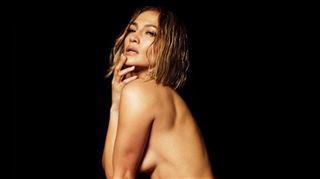 Jennifer Lopez entièrement nue sur la pochette de son nouvel album 3