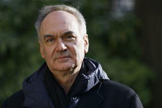 Un Goncourt pas comme les autres- Hervé Le Tellier sacré pour L'Anomalie