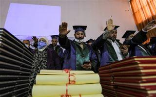 Syrie- en zone rebelle, le Covid attend les jeunes diplômés en médecine