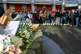 Émotion après le suicide d'une lycéenne transgenre à Lille