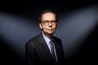 Affaire Duhamel- Louis Schweitzer élu président par intérim de la FNSP, au milieu de nouveaux remous