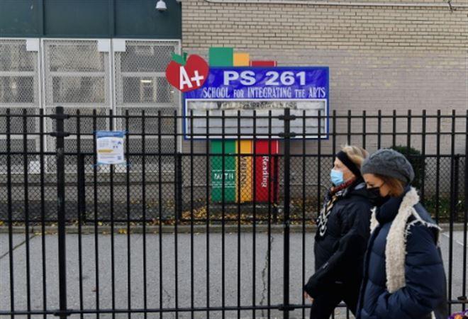 Etas-Unis- bras de fer entre autorités et enseignants autour de la réouverture des écoles