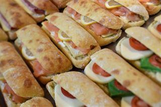 Les trois principaux fabricants de sandwiches pour la grande distribution sanctionnés pour entente