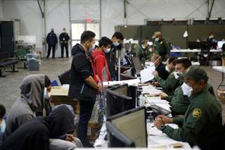 L'armée américaine ouvre une nouvelle structure d'accueil pour enfants migrants