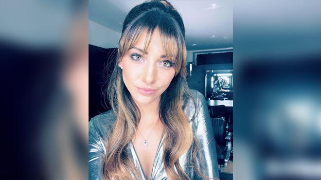 Delphine Wespiser, Miss France 2012, raconte les gestes déplacés et le harcèlement qu'elle a subis