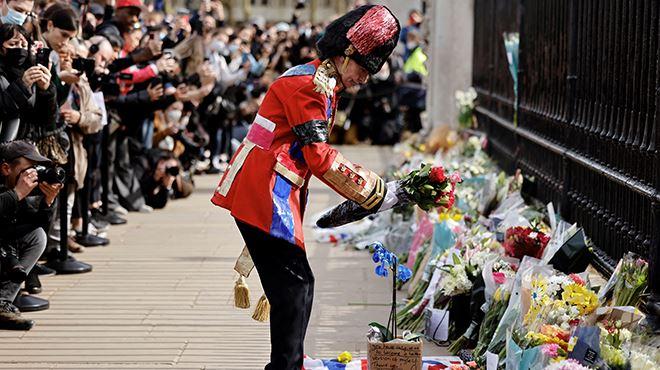 Salves de tirs et moments de recueillement- le Royaume-Uni rend hommage au prince Philip