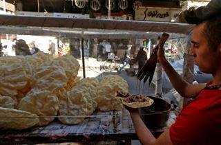 En Syrie, un dessert traditionnel du ramadan résiste à la crise