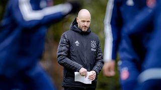 Dans le viseur de Tottenham, l'entraîneur de l'Ajax décide de rester