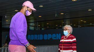 Magnifique- Rafael Nadal réalise le rêve de Manuela, 95 ans, atteinte d'Alzheimer (photos) 5
