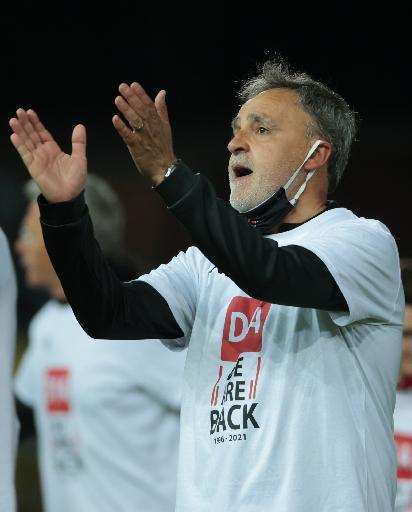 Jupiler Pro League - Emilio Ferrera, entraîneur de Seraing, est