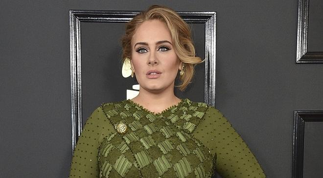 Le père de la chanteuse Adele est décédé à l'âge de 57 ans: elle ne lui avait plus parlé depuis 10 ans