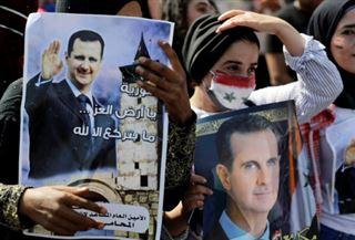 Les Syriens de l'étranger votent à leur présidentielle, incidents au Liban