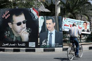 En Syrie, un scrutin pour prêter allégeance au clan Assad après 50 ans de pouvoir