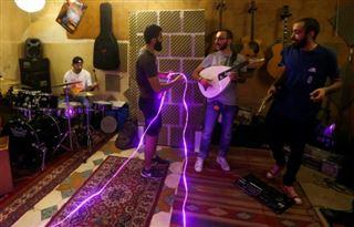 En Syrie, un tube musical né des coupures d'électricité
