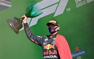 F1- Verstappen gagne aux Pays-Bas et reprend la tête du championnat