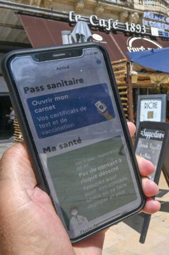 France : une jeune femme condamnée pour une vingtaine de faux pass sanitaires en une semaine