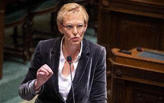 Coronavirus - La prime de 25 euros saluée par Karine Lalieux, une exigence forte des socialistes
