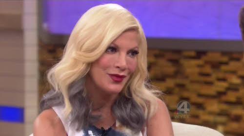 L'étonnante révélation de Tori Spelling: elle a couché avec 2 des acteurs de la série Beverly Hills