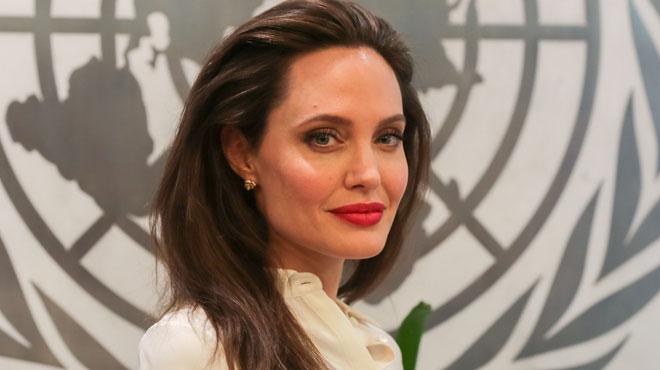 """Angelina Jolie aimerait adopter un enfant syrien: """"Elle désire attirer l'attention sur cette partie du monde"""""""