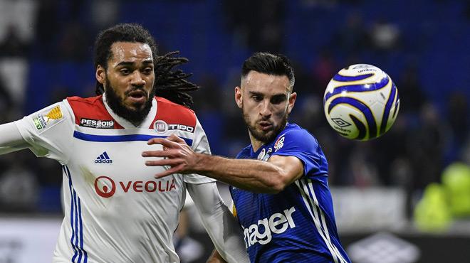 Lyon et Jason Denayer surpris par Strasbourg en quart de finale de la Coupe de la Ligue française (vidéo)