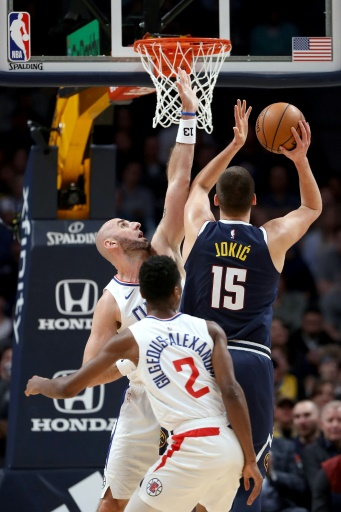 NBA: San Antonio et Aldridge affolent OKC et les statistiques