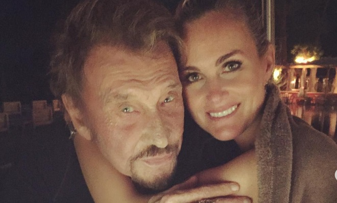 Laeticia Hallyday partage une déclaration d'amour et des photos inédites de Johnny pour la Saint Valentin