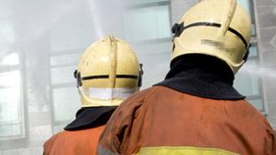 Bouillon: un camion transportant des matières dangereuses en feu
