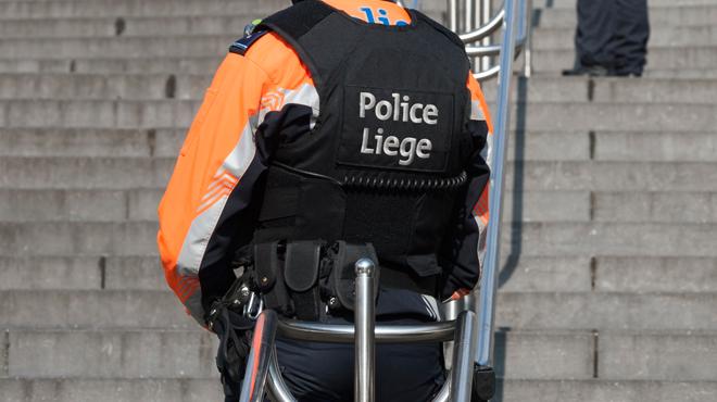Liège: il porte des coups à sa compagne pour l'empêcher de chercher du travail
