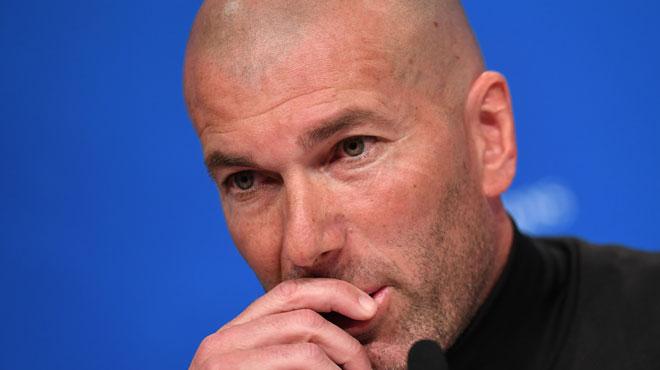 """Zinédine Zidane remercie le public pour les messages de soutien après la mort de son frère: """"C'était important"""""""