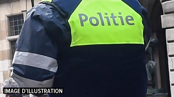 Un septuagénaire poignardé à mort par son voisin après une dispute à Zonnebeke