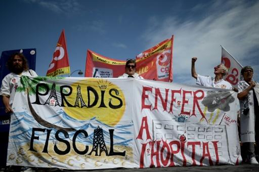 Urgences: la grève continue, la CGT manifeste à Paris
