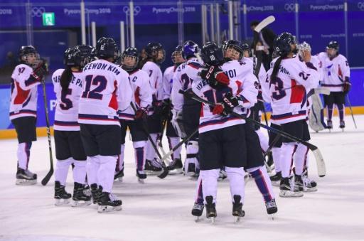 """Hockey sur gazon: la présence d'une équipe coréenne unifiée """"pas exclue"""" aux JO-2020"""