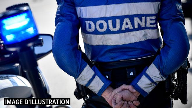À Marche, 200 litres d'alcool dans le coffre et un excès de vitesse: un couple stoppé net par la police