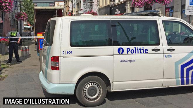 """Un trafiquant de gaz hilarant arrêté en Belgique: """"On ne parle pas ici d'une crevette mais d'un gros poisson"""""""