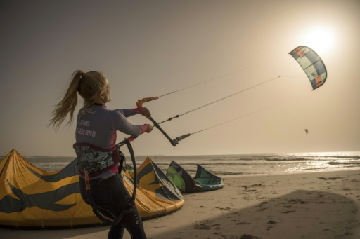 "Sahara occidental: Dakhla, du poste militaire au ""spot"" de kitesurf"