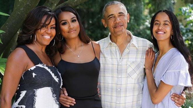 """La famille Obama publie une photo qui fait fondre les Américains: """"Vous nous manquez tellement"""""""